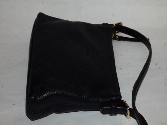 Kate Spade Excellent Condition Soft Leather Chrome Hardware Lots Of Pockets Body/Shoulder Cross Body Bag Image 6
