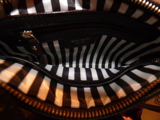 Kate Spade Excellent Condition Soft Leather Chrome Hardware Lots Of Pockets Body/Shoulder Cross Body Bag Image 7