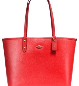 Coach Tote in Carmine/Ruby Pink
