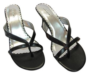 UNIONBAY Size 7.00 M Black Sandals