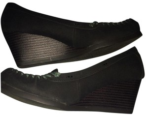 Sonoma Black Wedges