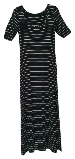 Item - Navy Striped Long Casual Maxi Dress Size 8 (M)