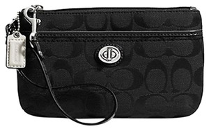 Coach F49175 49175 Wristlet in Black