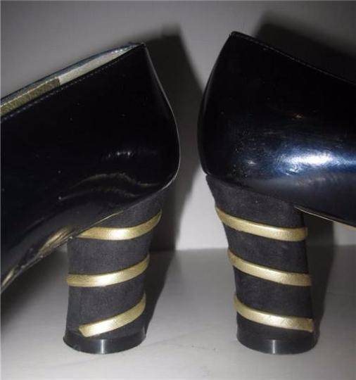 Escada Dressy Or Casual 40's Rockabilly Look Unique Curved Toes Mint Condition blue patent leather with gold Pumps Image 3