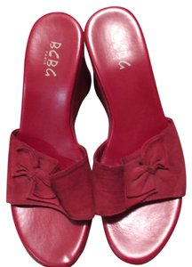 BCBGMAXAZRIA Red Wedges