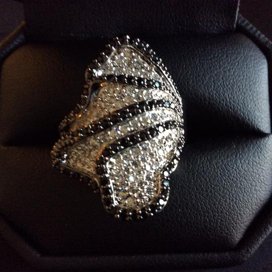 Other Black and White Cubic Zirconia Flower Petals Cocktail Ring Image 10