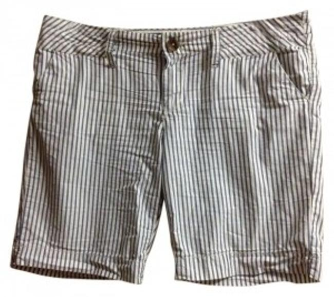 Preload https://img-static.tradesy.com/item/187547/american-eagle-outfitters-railroad-stripes-size-14-l-34-0-0-650-650.jpg