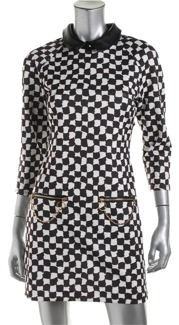 Preload https://img-static.tradesy.com/item/18755299/juicy-couture-black-and-white-above-knee-cocktail-dress-size-4-s-0-1-650-650.jpg