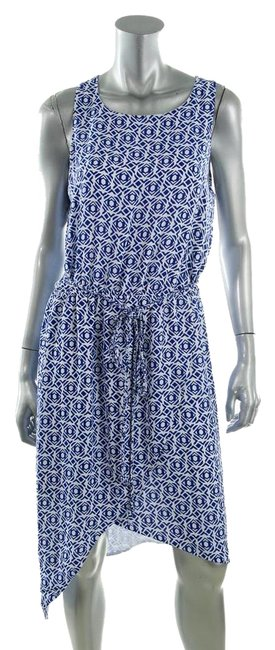 Preload https://img-static.tradesy.com/item/18755686/vince-camuto-blue-white-cocktail-above-knee-short-casual-dress-size-0-xs-0-1-650-650.jpg