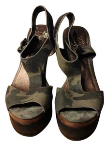 Fergalicious by Fergie Camouflage Wedges