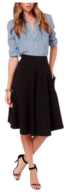 Preload https://img-static.tradesy.com/item/18757669/black-textured-a-line-skirt-size-8-m-29-30-0-3-650-650.jpg