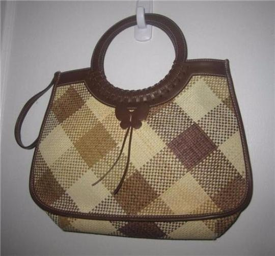 Etienne Aigner Two-way Style Lots Of Pockets Satchel/Shoulder Plaid Butterfly Accents Satchel in camel leather and cream/camel wicker Image 4