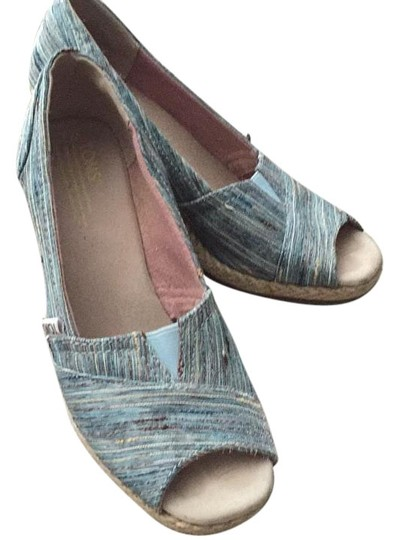 TOMS Wedges Image 0