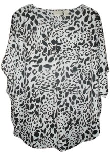 Chico's Leopard Cape