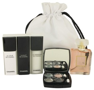 Chanel Gift Set - 1.7 oz Eau De Parfum Spray + Make up Kit + Three 1/2 oz Recharge ( Le Jour, La Nuit + Le Weekend) in Chanel Pouch.