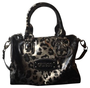 Guess Satchel in Black/Silver