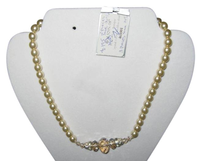 Item - Pearl - Antique / Crystal - Golden Shade Hol529 (N35) Necklace