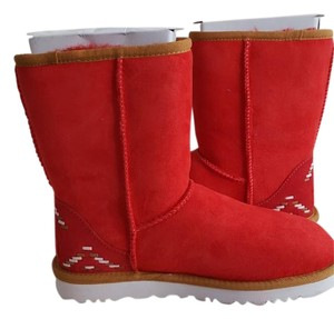 95509e69d6e Red UGG Australia Boots & Booties Up to 90% off at Tradesy