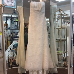 Pronovias Off White Lace and Organza Welcome Modern Wedding Dress Size 14 (L)