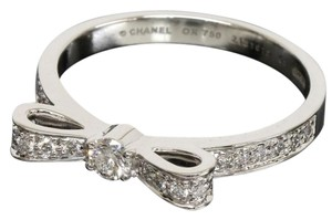 Chanel Chanel Diamond white Gold Bow Ring
