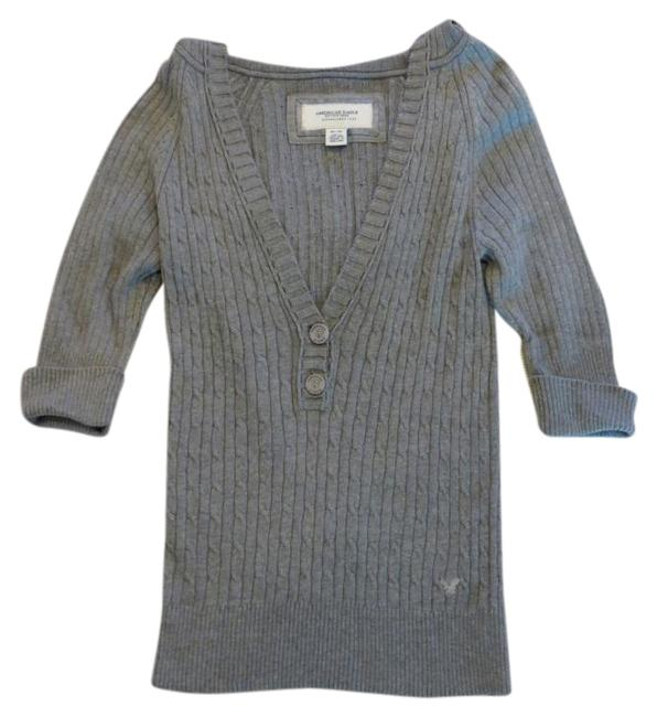 Preload https://img-static.tradesy.com/item/18774406/american-eagle-outfitters-cable-knit-with-hood-back-grey-sweater-0-1-650-650.jpg