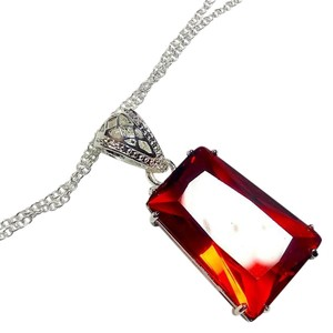 New Sterling Silver Filled Fire Red Garnet Pendant Necklace J2831