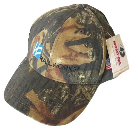 Preload https://img-static.tradesy.com/item/18779908/mossy-oak-camo-new-railworks-snapback-canada-hat-0-1-540-540.jpg