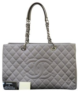 505c4f688b65 Chanel Grand Shopping Tote - Up to 70% off at Tradesy