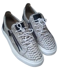 Giuseppe Zanotti Off white and black and silver zippers Athletic