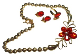 Gold Tone Red Crystal Necklace Earrings Set J2849