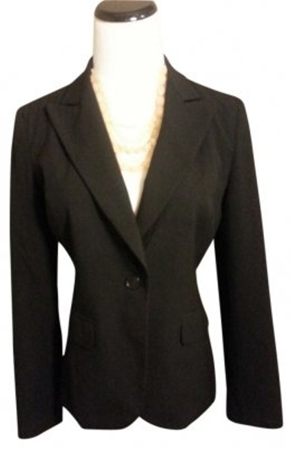 Preload https://item5.tradesy.com/images/new-york-and-company-black-classic-fit-blazer-size-petite-4-s-187824-0-0.jpg?width=400&height=650