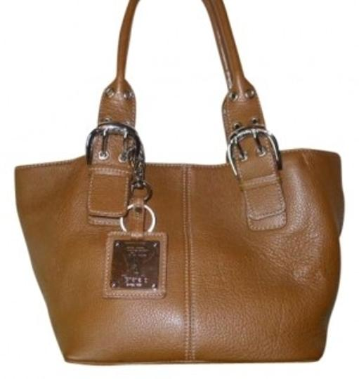 Preload https://item1.tradesy.com/images/tignanello-satchel-brown-leather-tote-187850-0-0.jpg?width=440&height=440