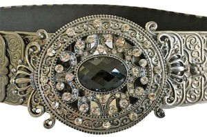 Rhinestone metal stretch fashion belt size medium unusul