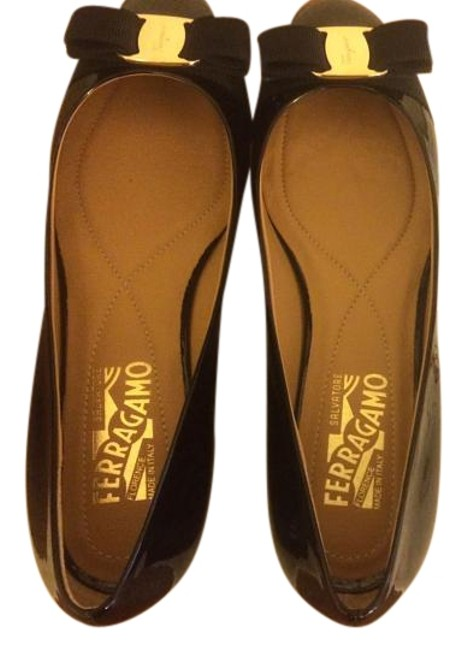 Item - Patent Black/Gold New Varina (Never Used) Flats Size US 7.5 Regular (M, B)