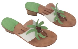 Mootsies Tootsies Green and White Sandals