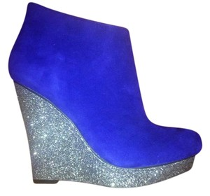 DV8 by Dolce Vita Platform Wedge Coral Blue Suede Wedges