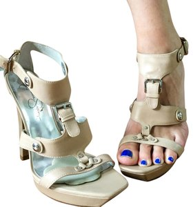 Jessica Simpson Silver Hardware Leather Nude Leather Sandals