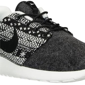 Nike Winter Roshe One Grey Athletic