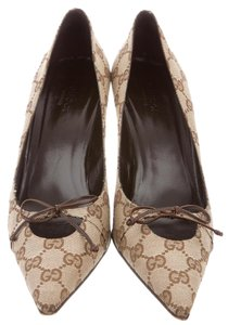 Gucci Pointed Toe Gg Monogram Bow Beige, Brown Pumps