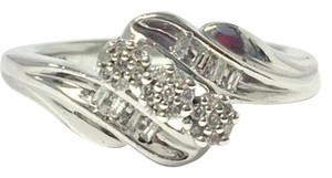 Kay Jewelers Kay Jewelers Genuine Diamond Floral 925 Sterling Silver Ring Size 6.75