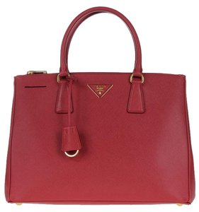prada nylon and leather bag - Prada Bags on Sale - Up to 70% off at Tradesy