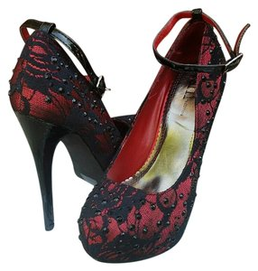 Shi by JOURNEYS Black & Red Platforms