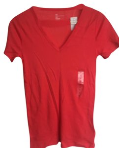 Gap V-neck T Shirt Coral