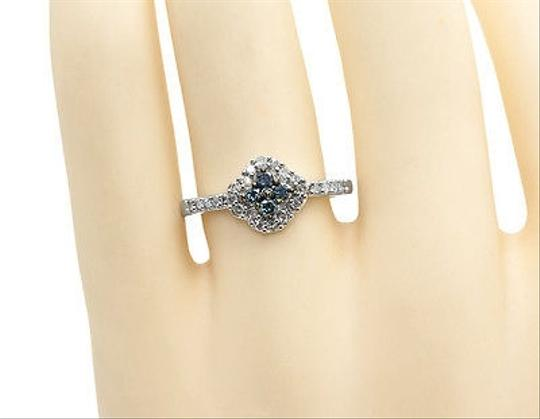 Other 10k White Gold Ladies Bluewhite Diamond Flower Fashion Engagement Wedding Ring