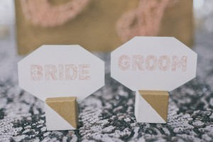 Gold & White Geo Placecard Holders (100)