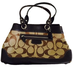 Coach Tote in Mahogany brown