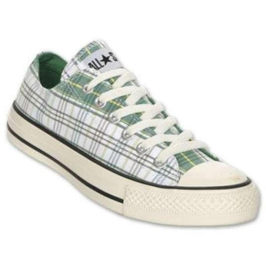Preload https://img-static.tradesy.com/item/188067/converse-green-sneakers-size-us-8-0-0-540-540.jpg