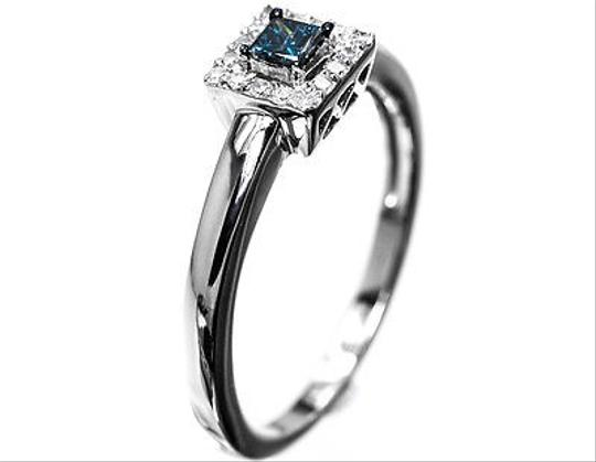 Other 10k White Gold Ladies Blue Princess Diamond Solitaire Wedding Engagement Ring