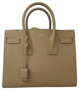 Saint Laurent Tote in Beige