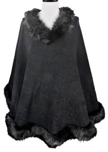 Ubranded Cape